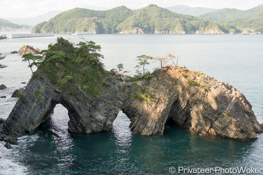 碁石海岸 穴通磯