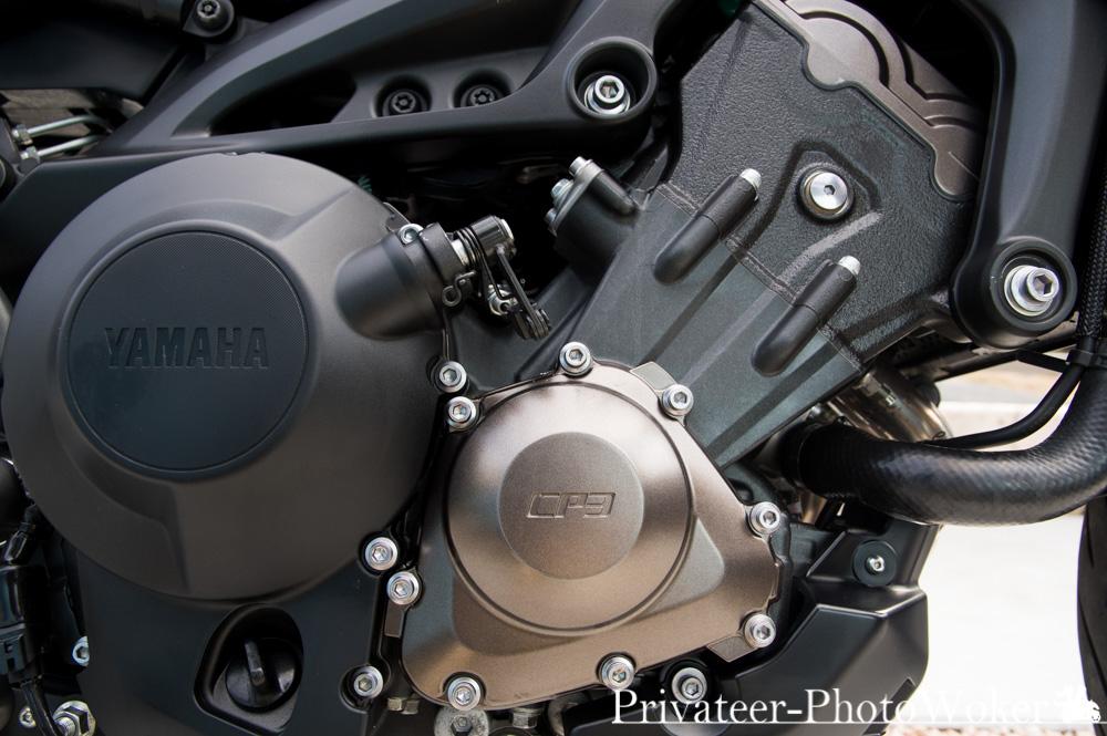 MT-09 TRACER エンジンブロック