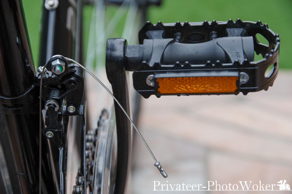 21テクノロジー 組み立て式ロードバイク 長いワイヤー