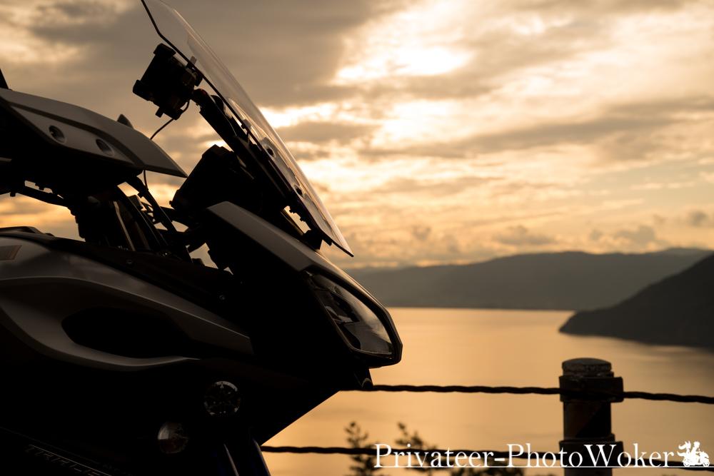 奥琵琶湖 MT-09 TRACER