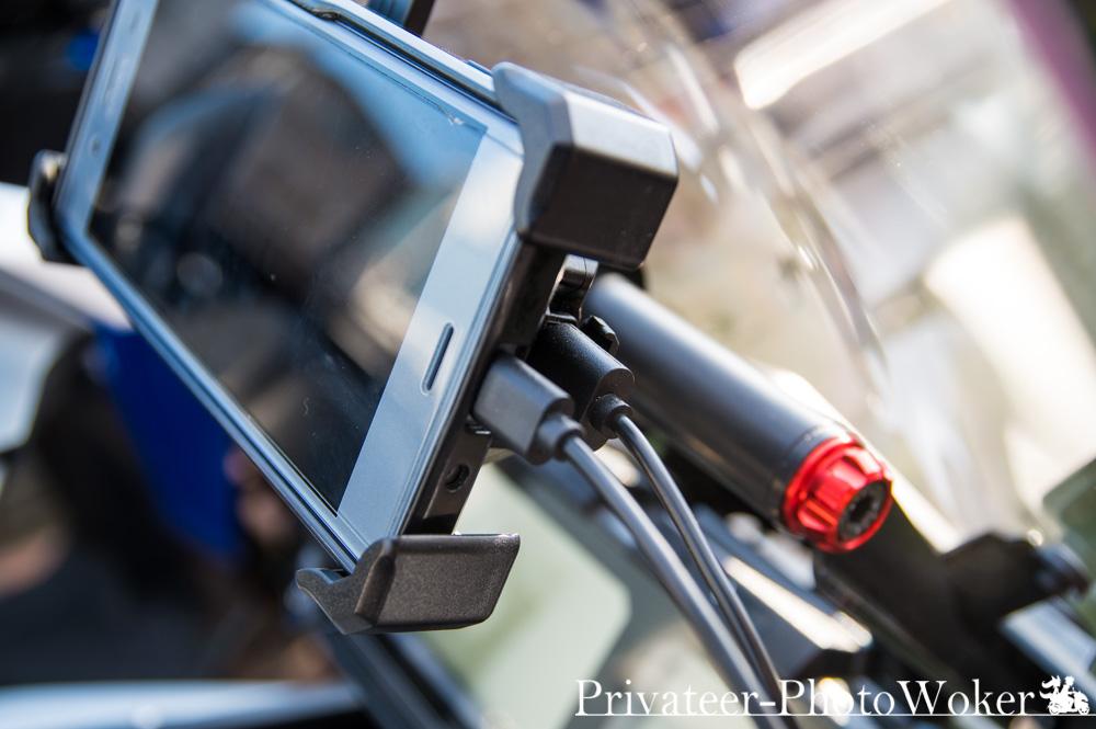 ワイヤレス充電スマホホルダー USB充電